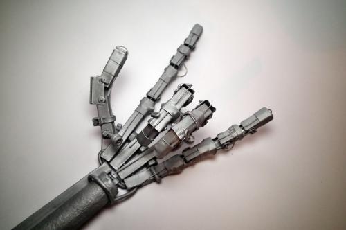 Дорабатываем руку терминатора - Фотоконкурс компьютерных самоделок