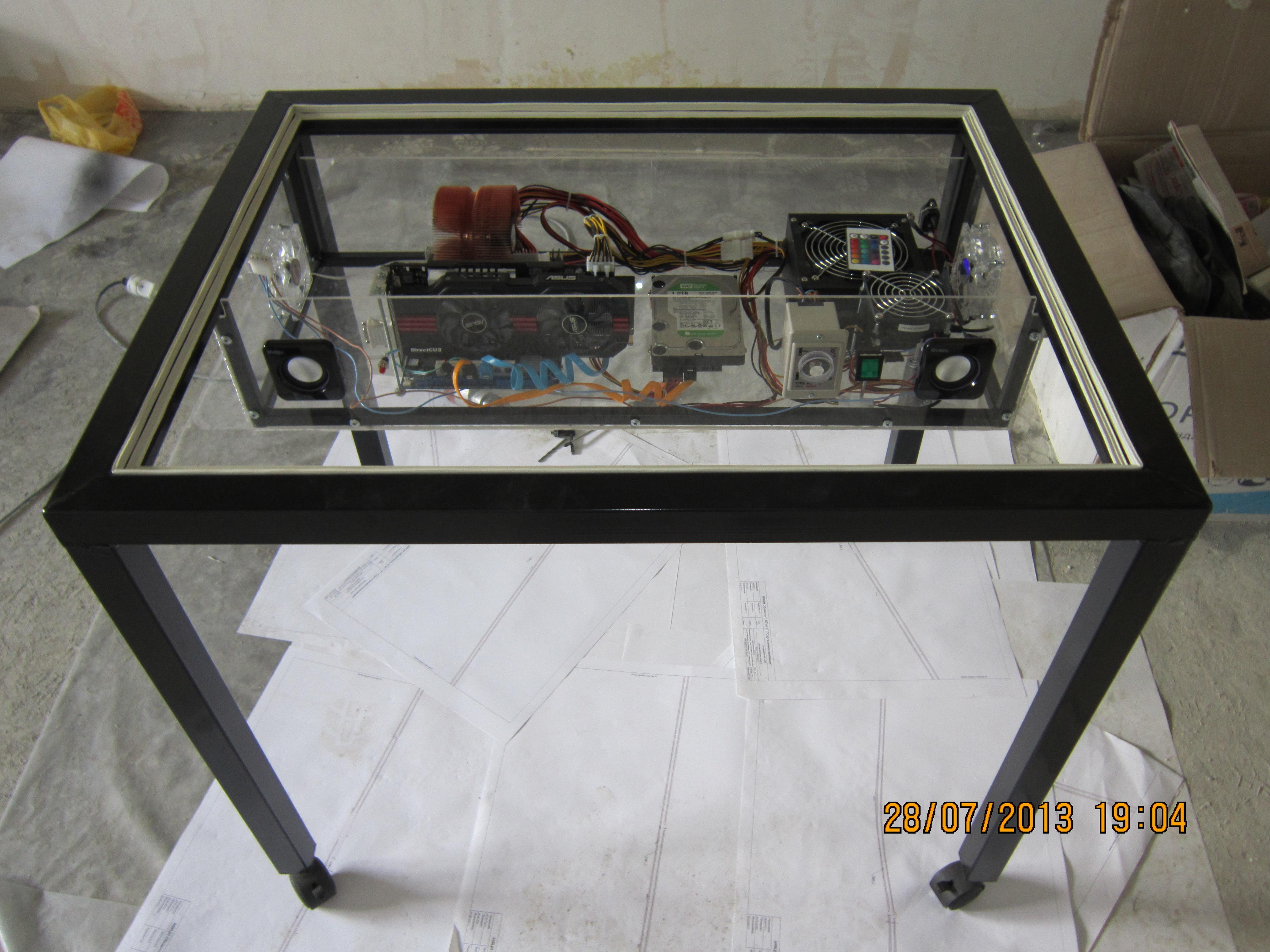 Стол для компьютера своими руками из трубы 84
