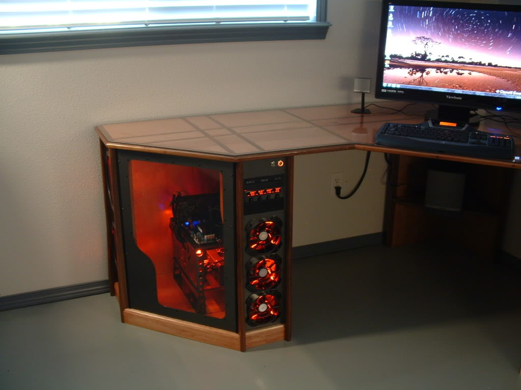 Компьютер вмонтированный в стол своими руками 38