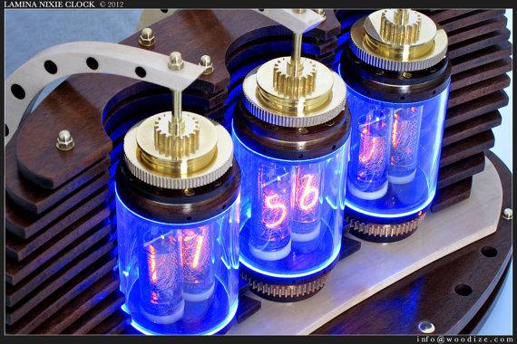 Как сделать часы на лампах