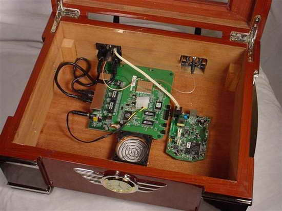 электроника в хьюмидоре