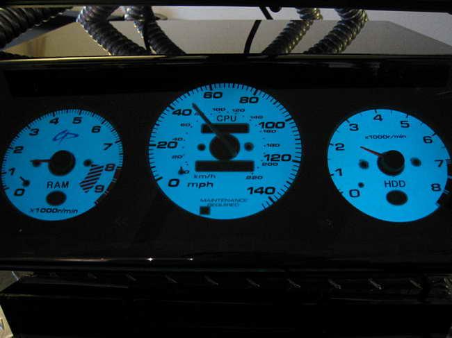 Приборная панель для компьютера своими руками