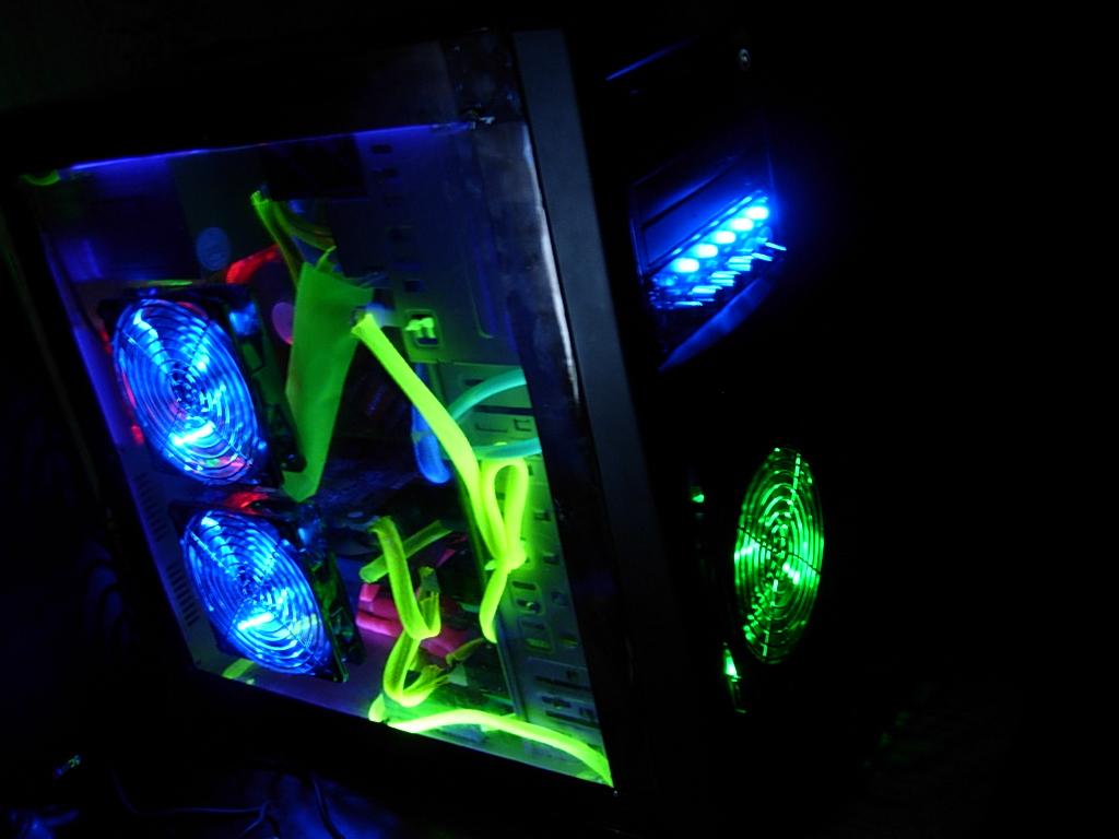 Как сделать светодиодную подсветку у себя на компьютере