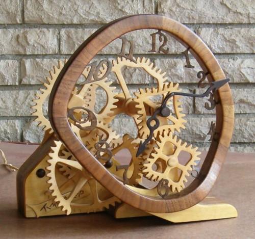 Часовой механизм из дерева