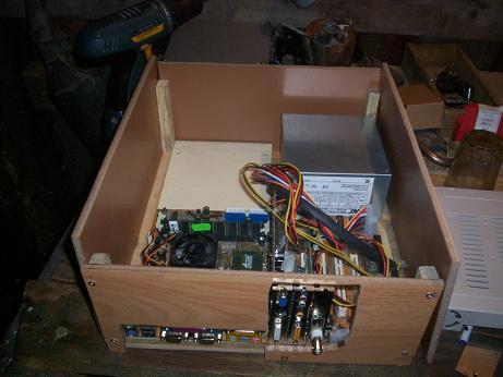 Компьютер без корпуса своими руками видео