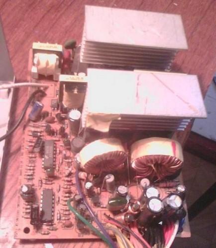 Решил переделать старый блок питания Microlab M-ATX-350W в пассивный.  Я отсоединил радиаторы, выпаял транзисторы и...